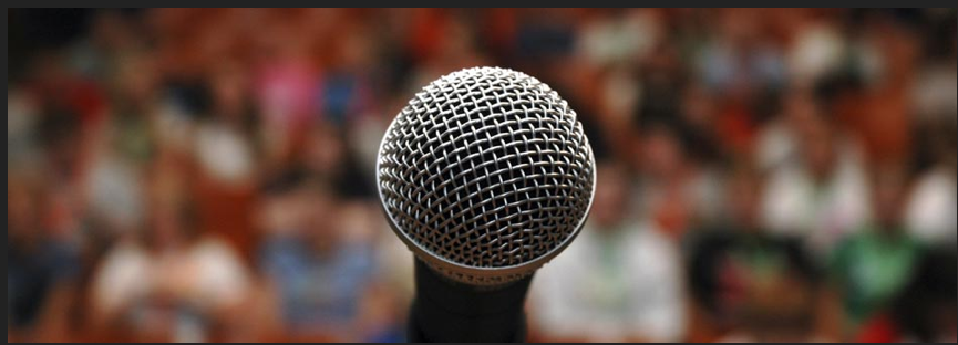 microphone+audience