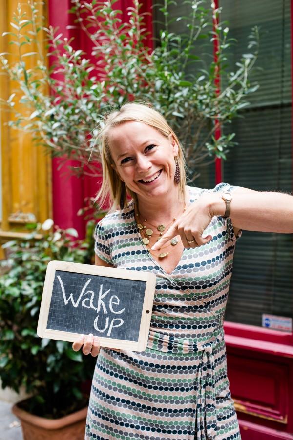 Christine Lewicki WAKE UP!